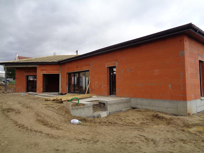 Construction d'une villa en BIO BRIC 4G à St-Romain-le-Puy vue terrasse